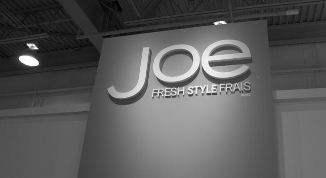 Logo JoeFresh en magasin